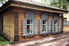 Traditional timber home, Siberia