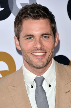 25 Photos Of James Marsden That Will Help You Get Through This Blizzard