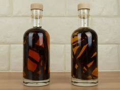how to make vanilla extract - the importance of scraping the beans