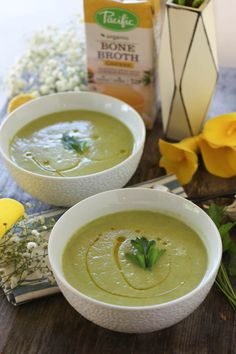 PaleOMG Simple Summer Squash Soup featuring @pacificfoods bone broth