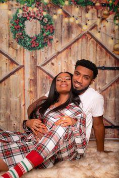 @Noonie_Shia IG Couple Cute Couples Photos, Couple Photos, Christmas Photos, Merry Christmas, Future, Couple Shots, Xmas Pics, Merry Little Christmas, Christmas Pics