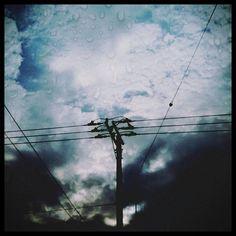 空を分かつ線