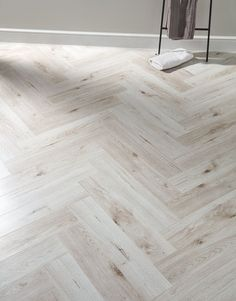 Laminate flooring for all budgets - A huge selection of wood, stone and tile effect laminate at affordable prices. Herringbone Laminate Flooring, Easy Flooring, Direct Wood Flooring, Wood Laminate, Wooden Flooring, Flooring Ideas, Laminate Flooring On Stairs, Laminate Countertop, Entryway Flooring