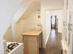 Looking like a tiny Pottery Barn, this renovated carriage house is up for rent somewhere in Boston Edison. Often a lowlight in...