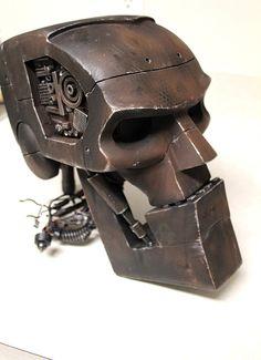 Hammerstein of the ABC warriors - Head prop recreation Abc Warriors, Sculpture Metal, Arte Robot, Judge Dredd, Robot Concept Art, Scrap Metal Art, Welding Art, Metal Projects, Sci Fi Art