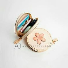 Hand stitched leather coin holder wallet floral sakura handmade cards wallet key wallet clutch purse bag for girls women Key Holder Wallet, Coin Wallet, Clutch Wallet, Leather Wallet, Cute Purses, Purses And Bags, Diy Bags Patterns, Apple Watch Bands Fashion, Simple Wallet