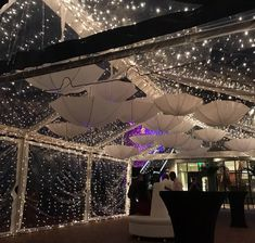We had a rainy weekend here in Orlando but that didn't stop the parties!!! Check out the decorations on our Clear Top Tents! #OrlandoEvents