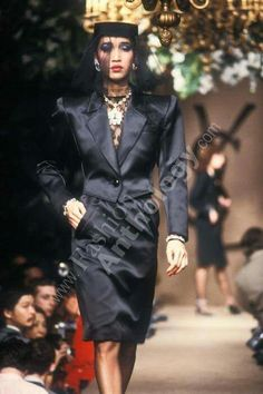 Yves Saint Laurent | Spring 1983