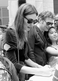 Phoebe Tonkin and Joseph Morgan