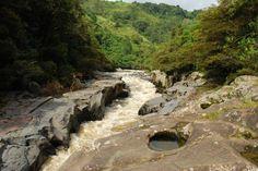 El Rio Magdalena en San Agustin -  Lavapatas, Parque Natural, Huila, Colombia