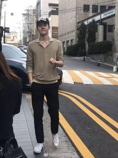 Sehun street style a thread 💛 Baekhyun, Chen, Ex Boyfriend Quotes, Twice Tzuyu, Z Cam, Lord, Xiu Min, New Girlfriend, Exo Memes