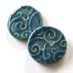 Ceramic Buttons - Love the color and the design.