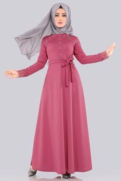 Modaselvim Yeni Ürünler - Tesettür İstanbul Islamic Fashion, Muslim Fashion, Hijab Fashion, Fashion Dresses, Muslim Dress, Hijab Dress, Hijab Outfit, Hijab Chic, Mode Hijab