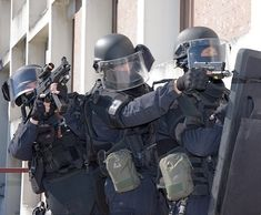 Police Nationale, Swat, Master Chief, Or Noir, Cos, Warriors, Gears, France, Men In Uniform