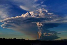 Sorpresiva erupción del volcán Calbuco en Chile
