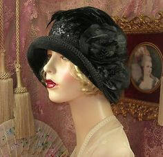 1920s downtown Gatsby cloche