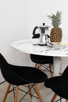 Poppytalk: DIY: Faux Marble Table Top