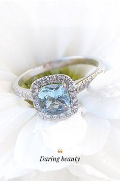 Vstúpte do nového roku s predsavzatím, že si doprajete vo svojom živote viac krásy! Pokojne aj v podobe kvalitných, ručne vyrobených klenotov. A začať môžete nebeským, akvamarínovo-diamantovým prsteňom Daring Beauty, ktorého magické čaro vás s ľahkosťou vtiahne do nášho sveta. Sapphire, Engagement Rings, Diamond, Beauty, Jewelry, Enagement Rings, Wedding Rings, Jewlery, Jewerly