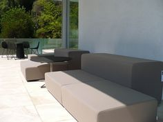 Hollywood hills design by modernexpert Los Angeles. Outdoor sofa and table by Piero Lissoni for Living Divani.