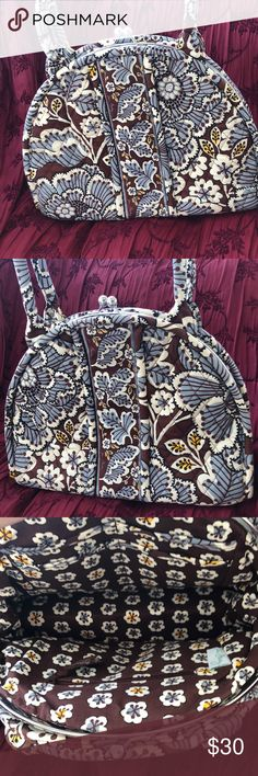 Retired vera Bradley shoulder bag Retired print Slade blooms Good condition it has a snap close lots of room Bags Shoulder Bags