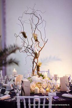 aranjament floral, tema nuntii: marea www.carmenevents.ro Table Decorations, Blog, Furniture, Home Decor, Decoration Home, Room Decor, Blogging, Home Furniture, Interior Design