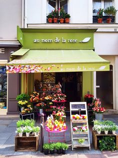 au nom de la rose, Paris--I have a photo with me standing in front of this flower shop on Rue Cler!