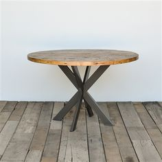 Modern Pedestal Table | Reclaimed Round Table | Kitchen | Urbanwoodgoods.com