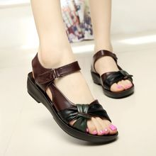 2015 summer shoes flat sandals women aged leather flat with mixed colors fashion sandals comfortable old shoes free shipping(China (Mainland))