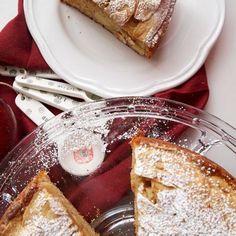 Μηλόπιτα Κέικ Γιαουρτιού French Toast, Breakfast, Food, Breakfast Cafe, Essen, Yemek, Meals
