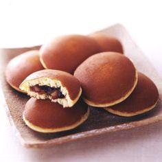 Dorayaki cakes