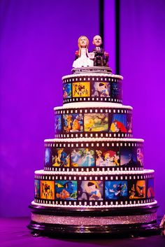 Disney film strip wedding cake with custom bobblehead bride + groom topper - Wow! This would've been awesome if we stuck with the Disney Cruise wedding. Comida Disney, Disney Food, Crazy Cakes, Fancy Cakes, Cake Tumblr, Unusual Wedding Cakes, Disney Cakes, Disney Wedding Cakes, Disney Weddings