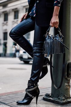 Bag Me Now on Pinterest | Fashion Blogs, Chanel Boy Bag and Viva ...