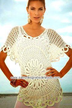 Blusa crochet con centro redondo mangas cortas