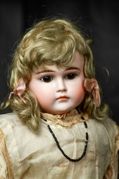Rare Bisque Antique German Closed Mouth Pouty Kestner Shoulder Turned Head Doll