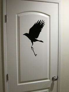 Thieving Crow with Key Wall Decal by ManyStrangeThings on Etsy 4 And 20 Blackbirds, Counting Crows, Raven Art, Broken Wings, Crows Ravens, Beautiful Creatures, Pet Birds, Wall Decals, Drawings