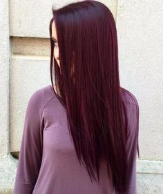 Long straight dark burgundy hair hair styles and color účesy. Deep Burgundy Hair Color, Red Violet Hair, Plum Hair, Hair Color Dark, Dark Hair, Red Purple, Purple Hair, Color Red, Dark Red Hair Burgundy