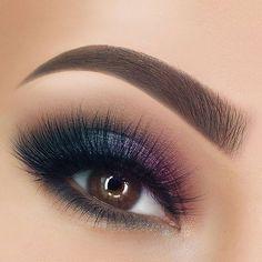 What long eyelashes! Makeup - Eye Make Up ♥ Perfume . - What long eyelashes! make up – Eye Make Up ♥ Parfum. Smokey Eyeshadow, Smokey Eye Makeup, Eyeshadow Makeup, Makeup Brushes, Makeup Remover, Eyeshadow Brushes, Plum Eye Makeup, Galaxy Eyeshadow, Eye Brushes