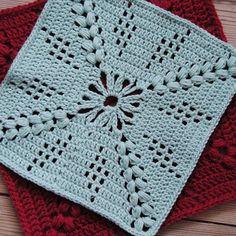 New pattern on the blog! --- Nyt mønster på bloggen! Firkanten er klar til brug - jeg håber, at I kan få glæde af den #garnituren #hækling #hækle #virka #hekle #crochet #crochetaddict #instacrochet #instacrocheting #grannysquare #bedstemorfirkant #garn #yarnaddict #hverdagsuld #hækleopskrift