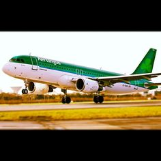 Aer Lingus #A320 taking off from Dublin Airport. #AerLingus #DublinAirport www.instagram.com/dublinairport