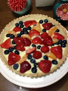 Pasty cream fruit tart