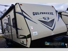 New 2017 Gulf Stream RV Gulf Breeze Ultra Lite 25 BHS Travel Trailer at Moore's RV Inc. | N Ridgeville, OH | #6181