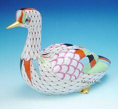 Vintage and antique collectibles Birds 2, Bird Art, Fishnet, Hungary, Folk Art, Porcelain, Antiques, Pretty, Outdoor Decor