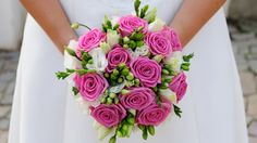 Wedding bridal bouquet can be made with flowers such as roses and violets, lilies and orchids, peonies and daisies, freesia and chrysanthemums, daisies and lisianthuses. In this article we will look in detail at classic and unusual wedding bouquets. Rose Wedding Bouquet, Fall Wedding Bouquets, Pink Bouquet, Bridal Flowers, Bridesmaid Bouquet, Bridal Bouquets, Floral Wedding, Wedding Hands, Wedding Girl