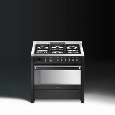 Smeg celebrates their 70 Years with several exciting releases, most notably a collection firmly positioned at the pinnacle of domestic kitchen appliances. Kitchen Interior, House Plans, Kitchen Appliances, Design Inspiration, Interiors, Blueprints For Homes, Cooking Utensils, Home Appliances, House Appliances