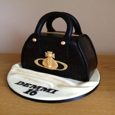 finding purse cakes in milan | Birthday Cakes >> Vivienne Westwood Bag Cake