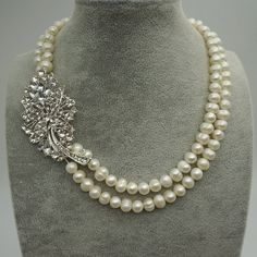 Flower pearl necklace Wedding Necklacetwisty necklace by WenPearls