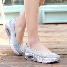 Flat smooth white easy to go canvas for stroll and casuals Suede Shoes, Shoe Boots, Shoes Sandals, Comfy Shoes, Comfortable Shoes, Sandalias Teva, Thrift Store Outfits, Wedge Sneakers, Summer Sneakers