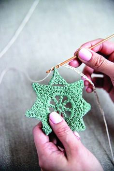 Crochet Star Garland tutorial with chart by Made Peachy, thanks so for share xox