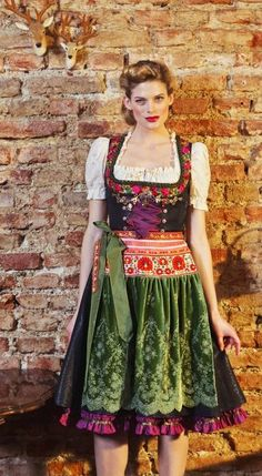 "styling for the ""Münchner Oktoberfest"" Drindl Dress, Fancy Dress, Couture, German Costume, Dr. Martens, Costume Collection, Folk Costume, Sweet Dress, Look Fashion"