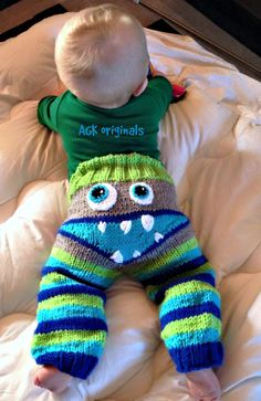 Crabby pants, cranky pants, monster bums - fantastic photo props for babies - hand knit!